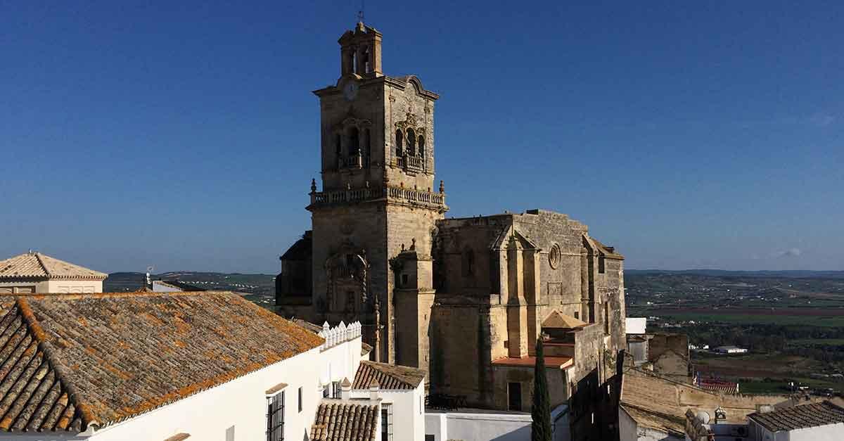 Entdecke Arcos de la Frontera: Die Hauptstadt der Pueblos Blancos