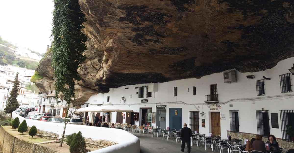 3 Freizeitvorschläge für das weisse Dorf Setenil de las Bodegas #pueblosblancos