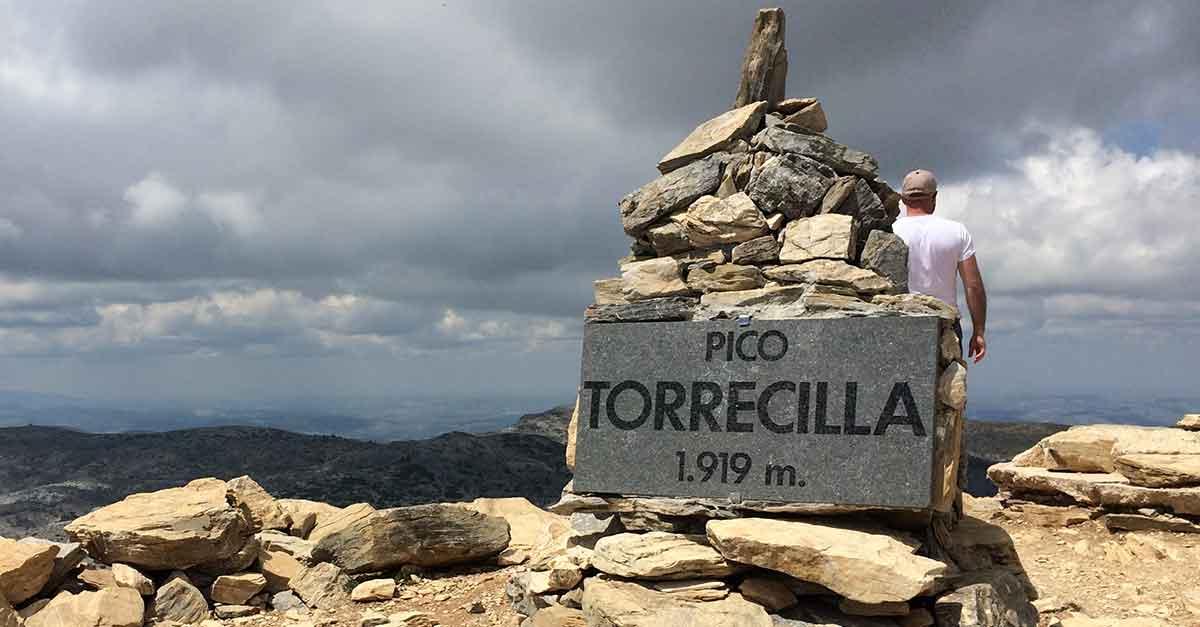 Gipfel des Torrecilla im Naturpark La Sierra de las Nieves