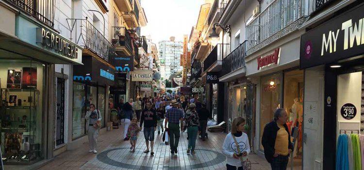Touriambiente in Torremolinos: 7 Sehenswürdigkeiten für alle die trotzdem hinfahren möchten