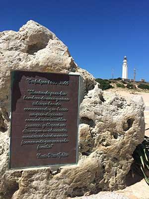 Mahntafel am Kap Trafalgar