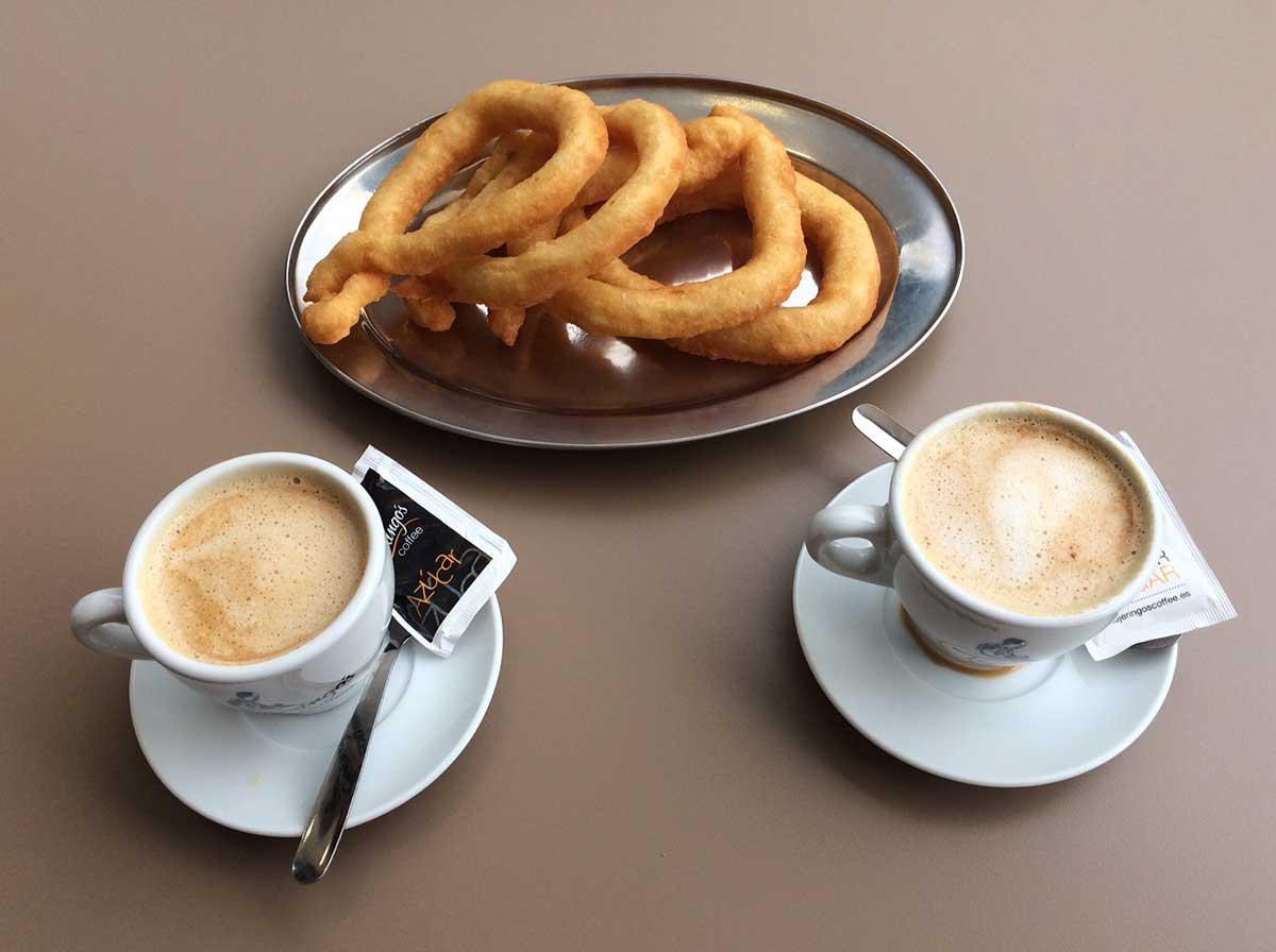 Café con leche und Churros