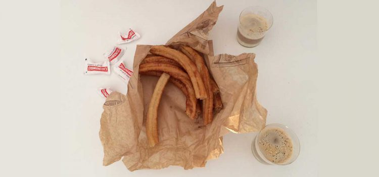 Reise in die Welt der Churros: Die besten Churros in Málaga, Original Churro-Rezept, Tipps
