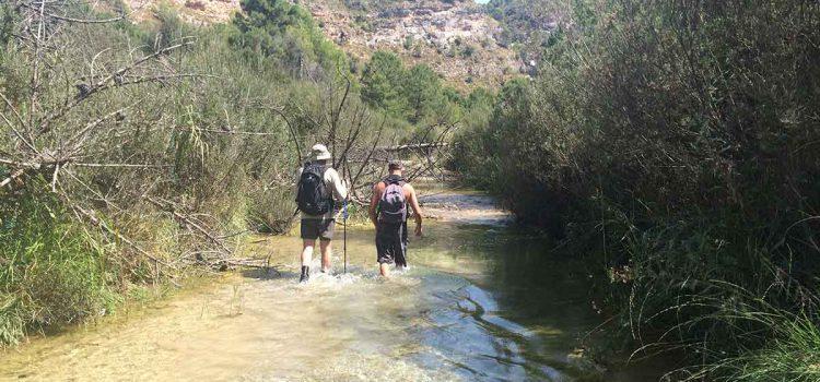 Flusswanderung im Río Cebollón in der Provinz Granada / atemberaubende Landschaften & Vegetation
