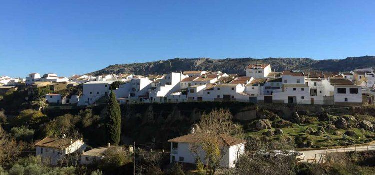 Cuevas del Becerro bei Ronda: Touristeninformation, Sehenswürdigkeiten, Feste
