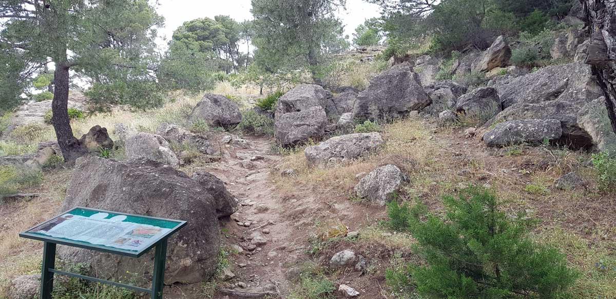 Besuch in Siedlung Bobastro